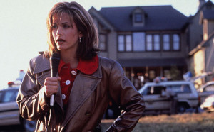 I watched Friends, but never saw Cox as a good fit for horror.  Again, I was wrong.