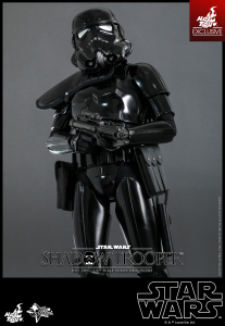 Hot-Toys-Star-Wars-Shadow-Trooper-Collectible-Figure-Hot-Toys-Exclusive_PR12