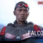 Hot Toys – Captain America Civil War – Falcon Collectible Figure_PR15