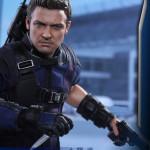 Hot Toys – Captain America – Civil War – Hawkeye Collectible Figure_PR10