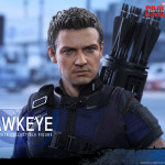 Hot Toys – Captain America – Civil War – Hawkeye Collectible Figure_PR17