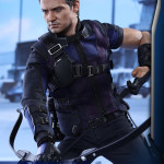 Hot Toys – Captain America – Civil War – Hawkeye Collectible Figure_PR9