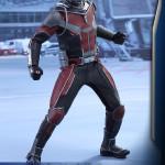 Hot Toys – Captain America Civil War – Ant-Man Collectible Figure PR_1