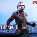 Hot Toys – Captain America Civil War – Ant-Man Collectible Figure PR_11