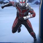 Hot Toys – Captain America Civil War – Ant-Man Collectible Figure PR_2