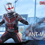 Hot Toys – Captain America Civil War – Ant-Man Collectible Figure PR_9