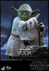 Hot Toys - Star Wars EpV - Yoda Collectible Figure_PR11