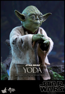 Hot Toys - Star Wars EpV - Yoda Collectible Figure_PR12