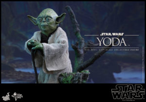 Hot Toys - Star Wars EpV - Yoda Collectible Figure_PR3