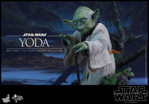 Hot Toys - Star Wars EpV - Yoda Collectible Figure_PR6